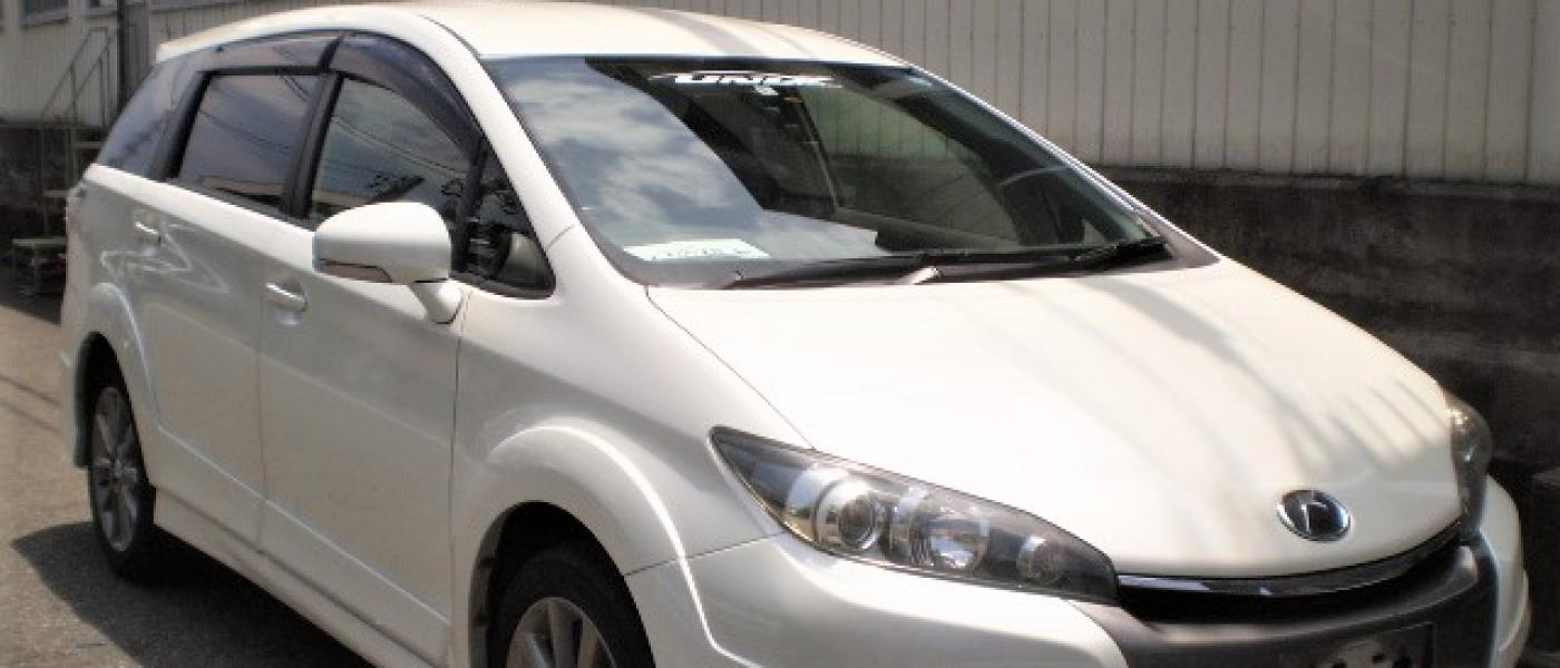 2014 TOYOTA WISH LTD EDITION